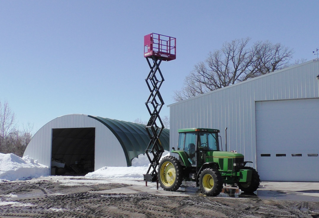 Skid-Lift 2230S Extended on John Deere Tractor