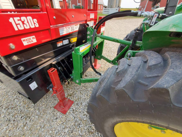 Using the Skid-Lift on a John Deere Tractor